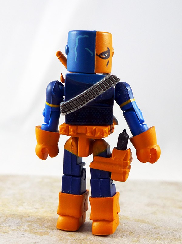 Deathstroke Partial Loose Minimate (DC Series 3)