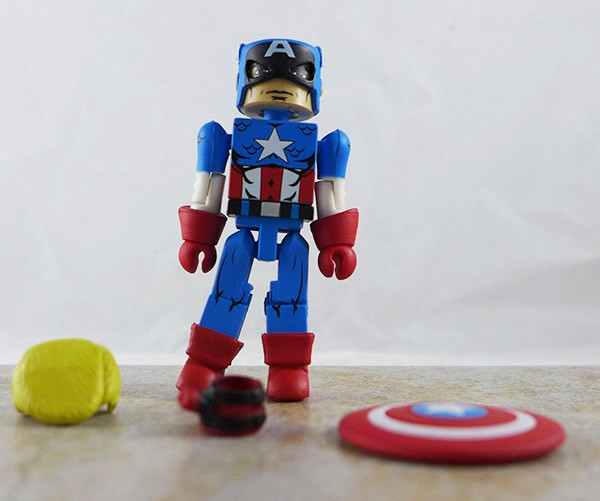 "Captain America Loose Minimate (Marvel 'Best of"" Wave 1)"